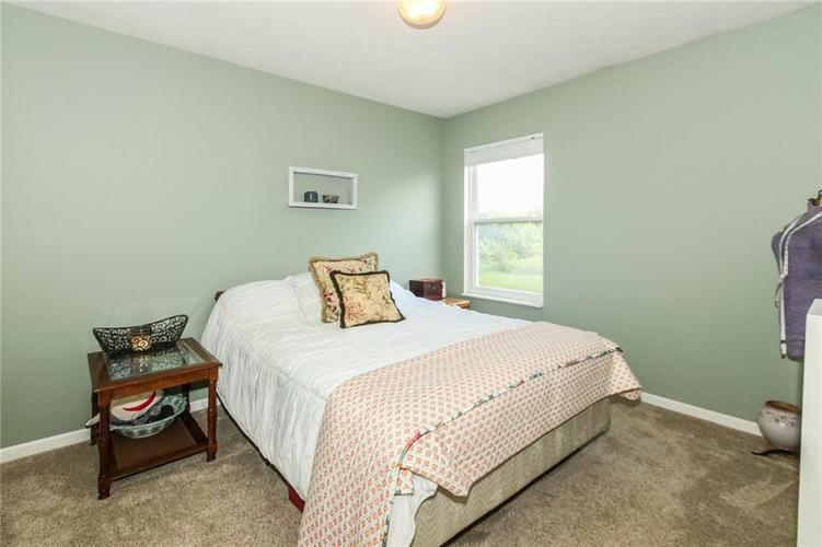 6915 Governors Point Boulevard Indianapolis, IN 46217 | MLS 21658384 | photo 21