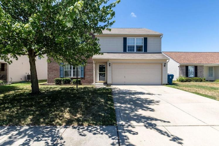 15451 Outside Trail Noblesville, IN 46060   MLS 21658390   photo 1
