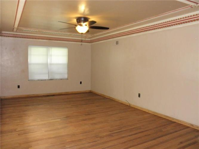1774 W STATE ROAD 42 Mooresville, IN 46158 | MLS 21658395 | photo 2