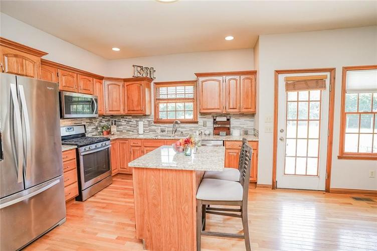 12496 E 65th Street Indianapolis, IN 46236   MLS 21658397   photo 10