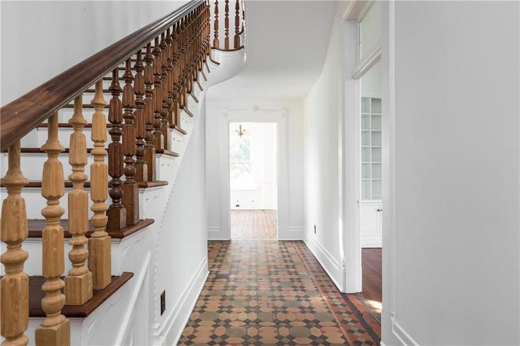 5010 W Southport Road Indianapolis, IN 46217 | MLS 21658490 | photo 11