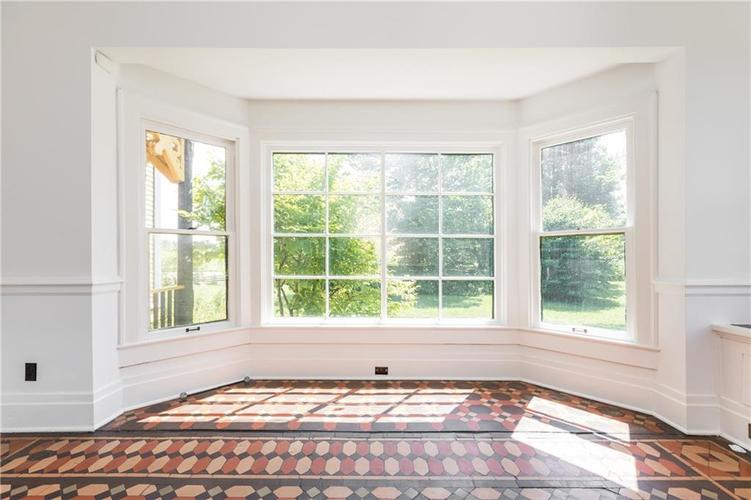 5010 W Southport Road Indianapolis, IN 46217 | MLS 21658490 | photo 15
