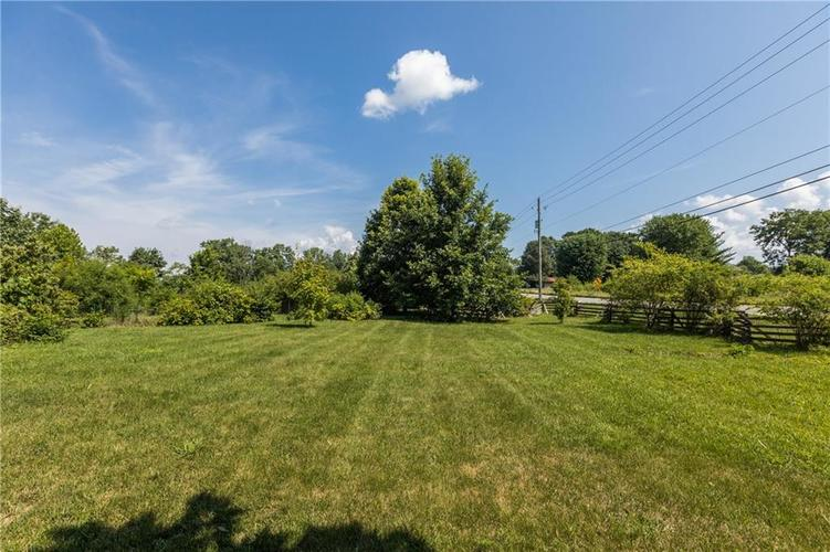 5010 W Southport Road Indianapolis, IN 46217 | MLS 21658490 | photo 33