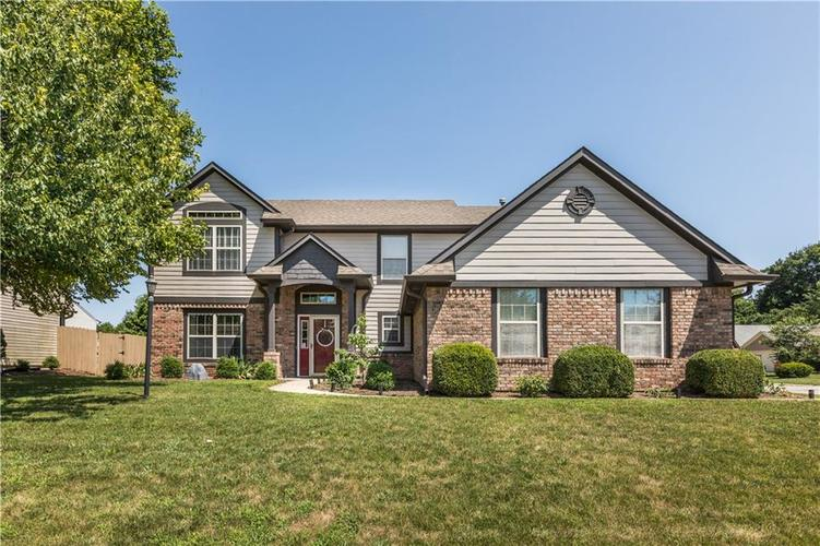 2802  Singletree Drive Indianapolis, IN 46234 | MLS 21658509