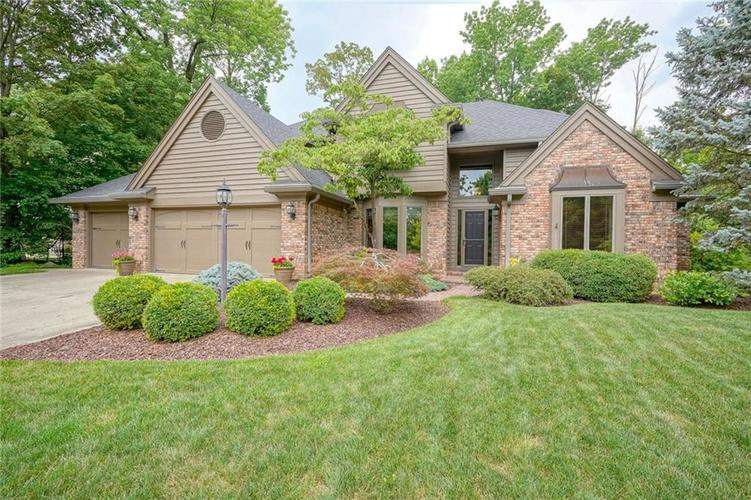 10976 Windjammer N Dr Indianapolis IN 46256 | MLS 21658562 | photo 1