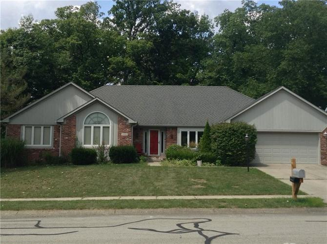 11282 Hickory Woods Drive Fishers, IN 46038   MLS 21658575   photo 1