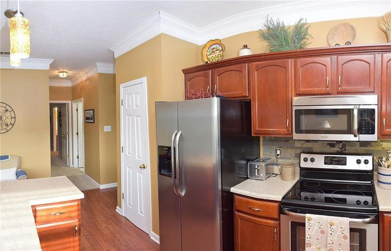 8509 Watertown Drive Indianapolis, IN 46216   MLS 21658644   photo 12