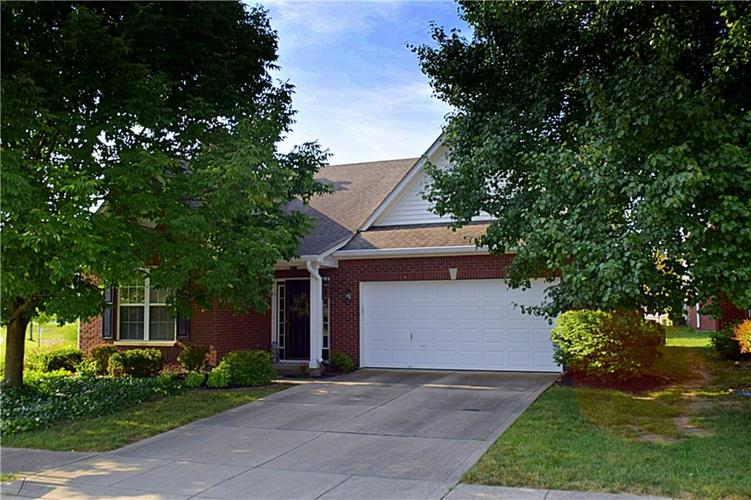 8509 Watertown Drive Indianapolis, IN 46216   MLS 21658644   photo 2
