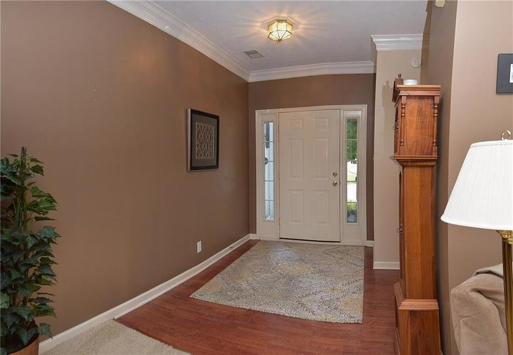 8509 Watertown Drive Indianapolis, IN 46216   MLS 21658644   photo 3