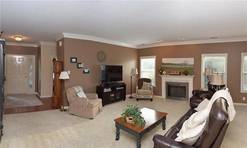 8509 Watertown Drive Indianapolis, IN 46216   MLS 21658644   photo 6