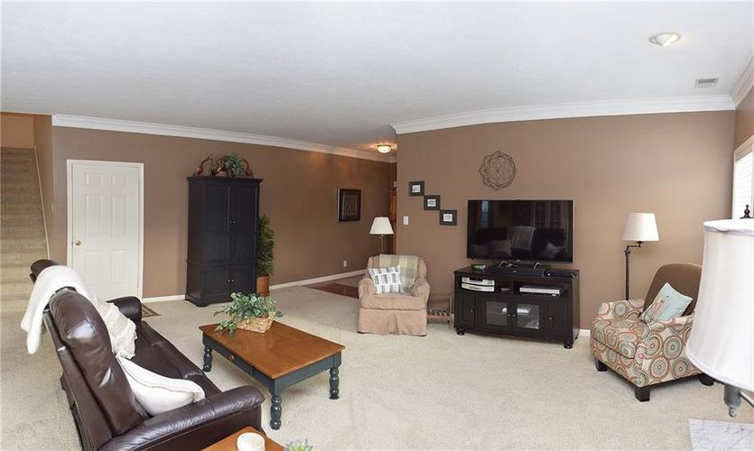 8509 Watertown Drive Indianapolis, IN 46216   MLS 21658644   photo 7