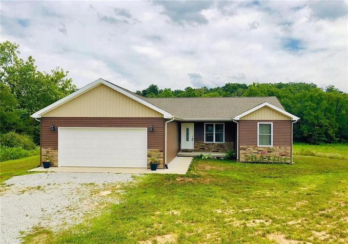 1690 N County Road 400 W North Vernon, IN 47265 | MLS 21658738 | photo 1