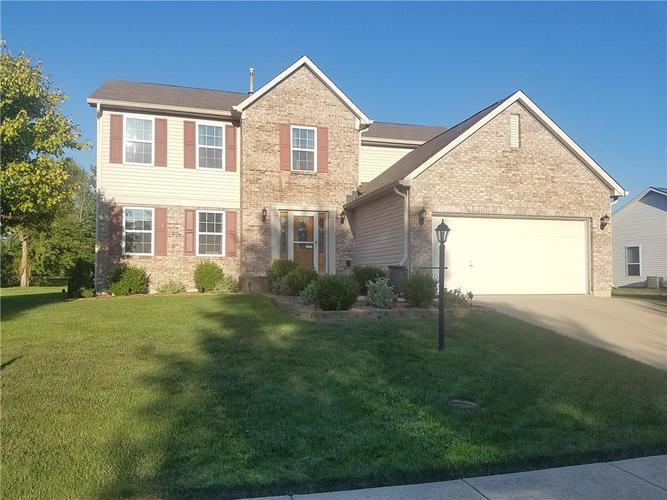 633 Sunridge Court Indianapolis, IN 46239 | MLS 21658745 | photo 1