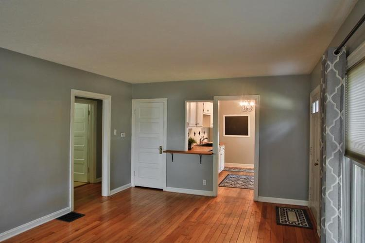6275 Crittenden Avenue Indianapolis, IN 46220 | MLS 21658789 | photo 6
