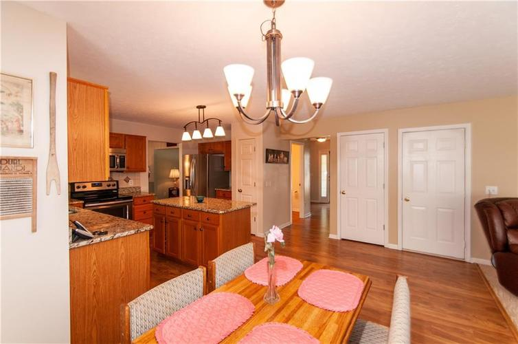 8379 Weaver Woods Place Fishers, IN 46038 | MLS 21658798 | photo 27