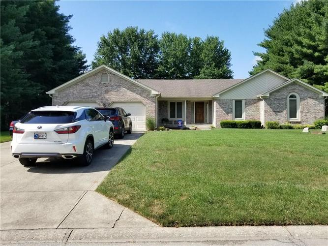 4083  Lakewood Court Clayton, IN 46118 | MLS 21658821