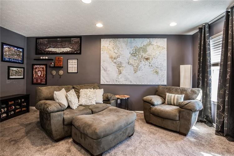 9522 Park Meridian Drive Indianapolis, IN 46260 | MLS 21658847 | photo 29