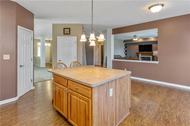 920 SHEETS Court Greenfield, IN 46140 | MLS 21658855 | photo 12