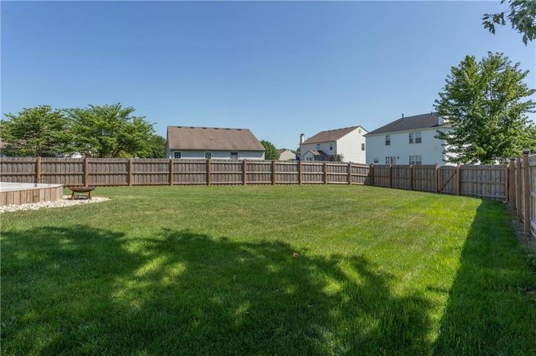 920 SHEETS Court Greenfield, IN 46140 | MLS 21658855 | photo 28