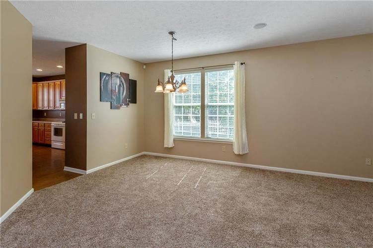 920 SHEETS Court Greenfield, IN 46140 | MLS 21658855 | photo 7