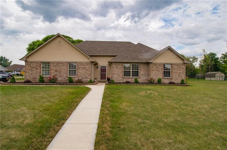 4065 S Danita Court New Palestine, IN 46163 | MLS 21658885