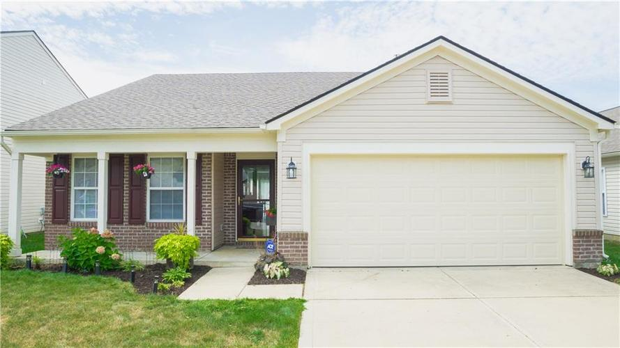 6527  Jarvis Drive Indianapolis, IN 46237 | MLS 21658972