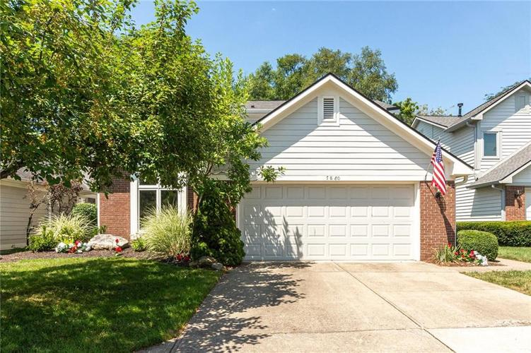 7880 Clearwater Parkway Indianapolis, IN 46240 | MLS 21659038 | photo 1