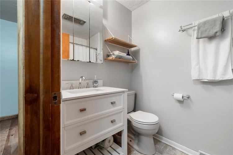 2307 Donna Drive Anderson, IN 46017 | MLS 21659062 | photo 12