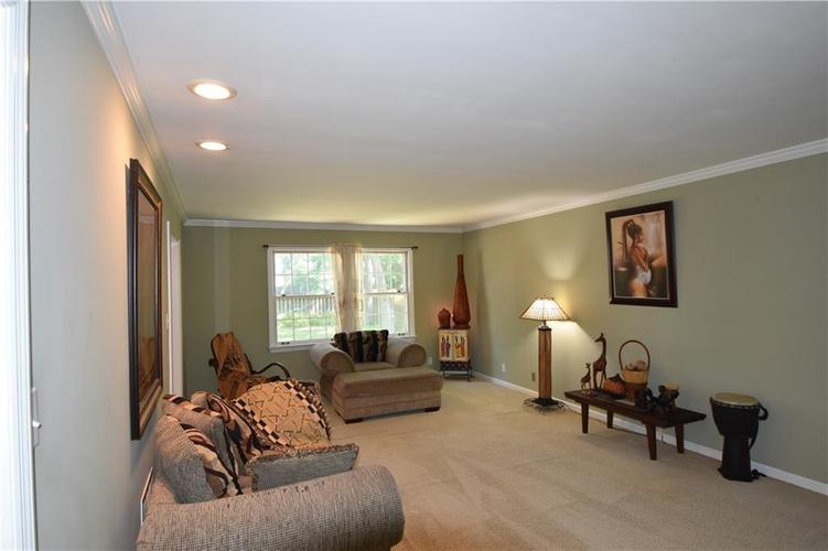 3502 Kenilworth Drive Indianapolis, IN 46228 | MLS 21659068 | photo 6