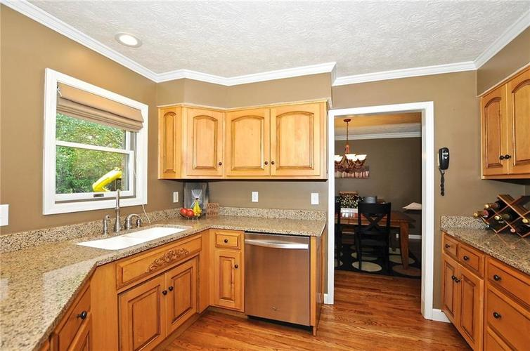 8661 Promontory Road Indianapolis, IN 46236   MLS 21659110   photo 12