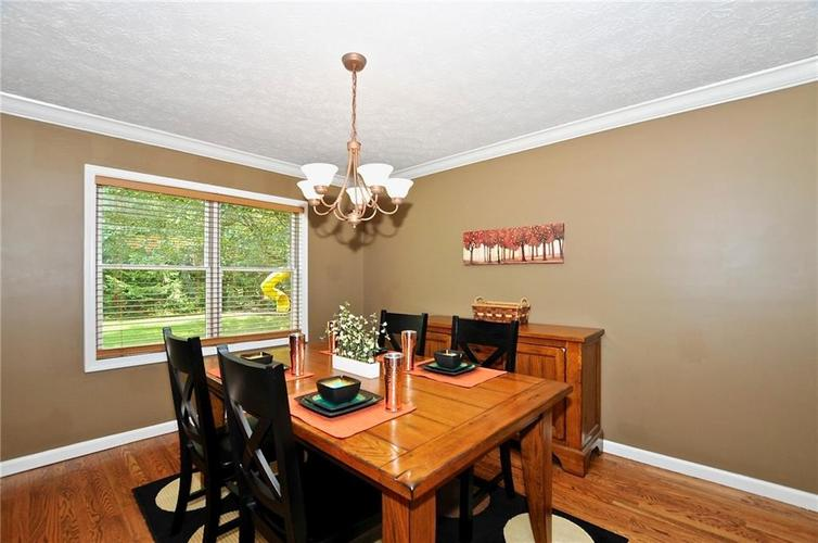8661 Promontory Road Indianapolis, IN 46236 | MLS 21659110 | photo 16