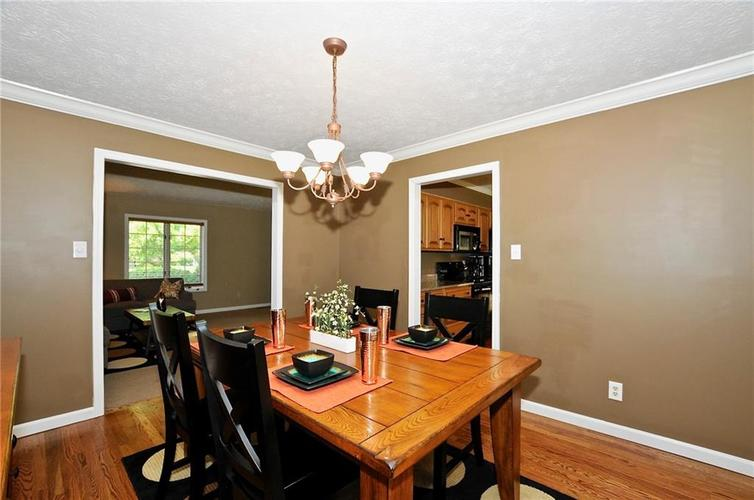8661 Promontory Road Indianapolis, IN 46236 | MLS 21659110 | photo 17