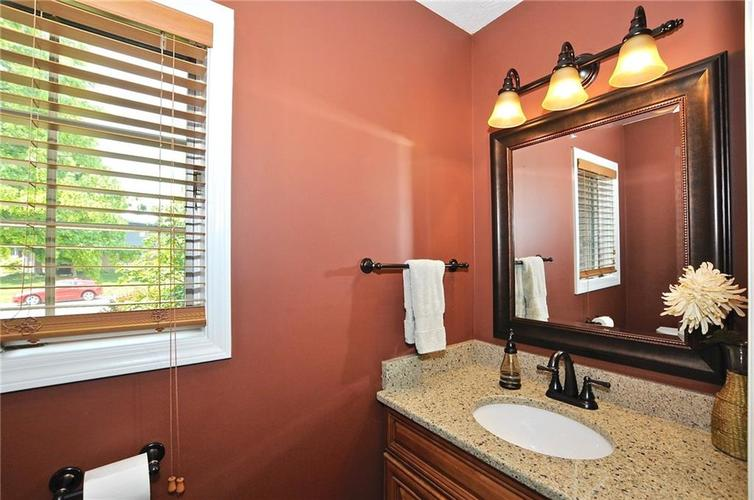 8661 Promontory Road Indianapolis, IN 46236 | MLS 21659110 | photo 20