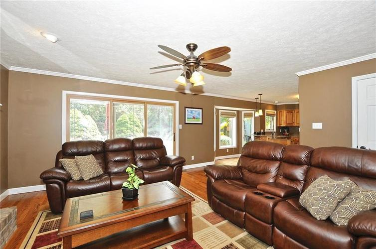 8661 Promontory Road Indianapolis, IN 46236   MLS 21659110   photo 4