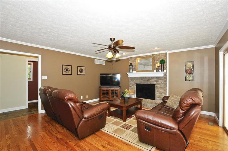 8661 Promontory Road Indianapolis, IN 46236 | MLS 21659110 | photo 4