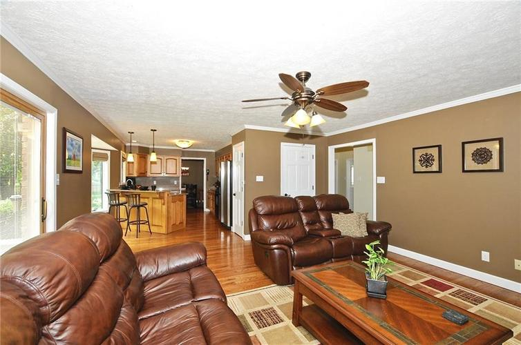 8661 Promontory Road Indianapolis, IN 46236 | MLS 21659110 | photo 5