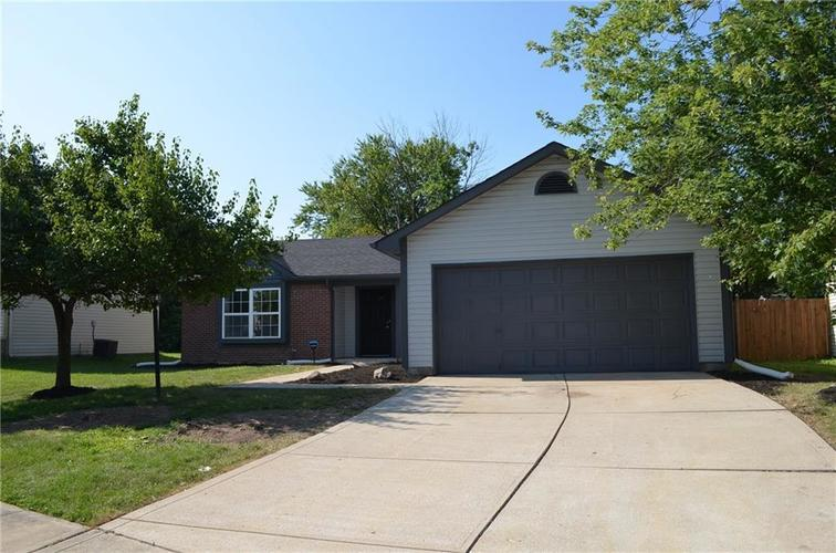 11353 Shady Hollow Lane Indianapolis IN 46229   MLS 21659137   photo 1