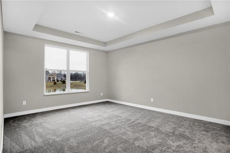 4954 E Amesbury Place Noblesville, IN 46062   MLS 21659144   photo 18