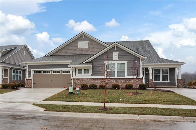 4954 E Amesbury Place Noblesville, IN 46062   MLS 21659144   photo 2