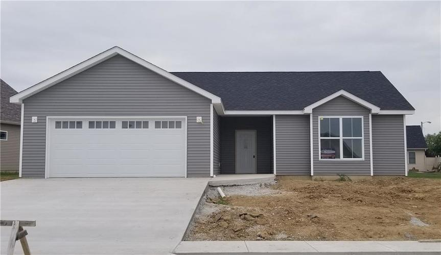 69 Briarwood Court Greencastle, IN 46135   MLS 21659186   photo 1