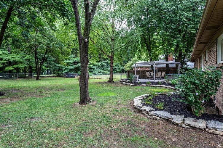 3932 Wyandotte Trail Indianapolis, IN 46240 | MLS 21659200 | photo 29