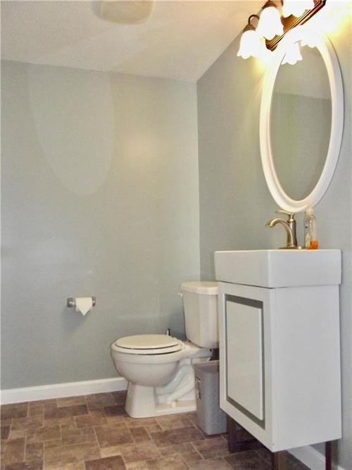 1220 Constitution Drive Indianapolis, IN 46234 | MLS 21659218 | photo 15