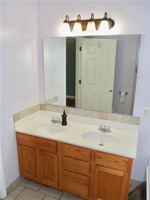 1220 Constitution Drive Indianapolis, IN 46234 | MLS 21659218 | photo 18