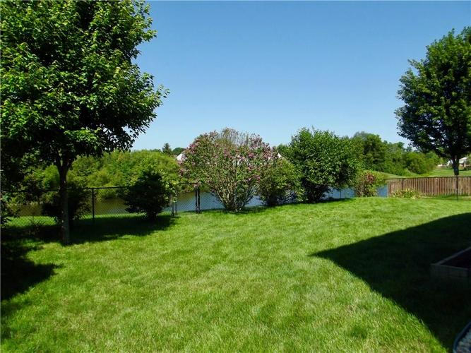 1220 Constitution Drive Indianapolis, IN 46234 | MLS 21659218 | photo 6