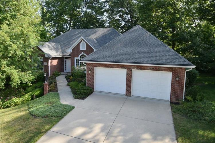 3271 Highpoint Court Greenwood, IN 46143 | MLS 21659228 | photo 1