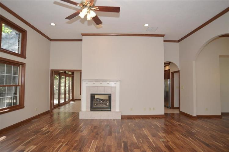3271 Highpoint Court Greenwood, IN 46143 | MLS 21659228 | photo 10