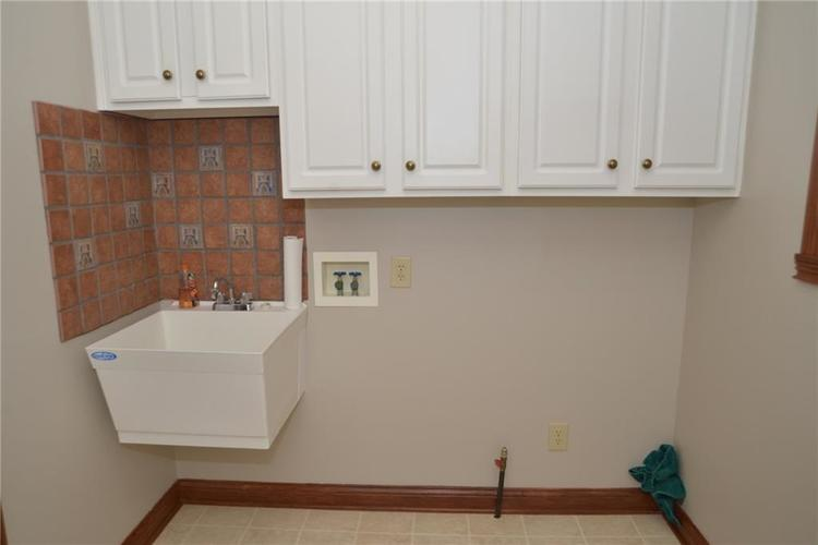 3271 Highpoint Court Greenwood, IN 46143 | MLS 21659228 | photo 24