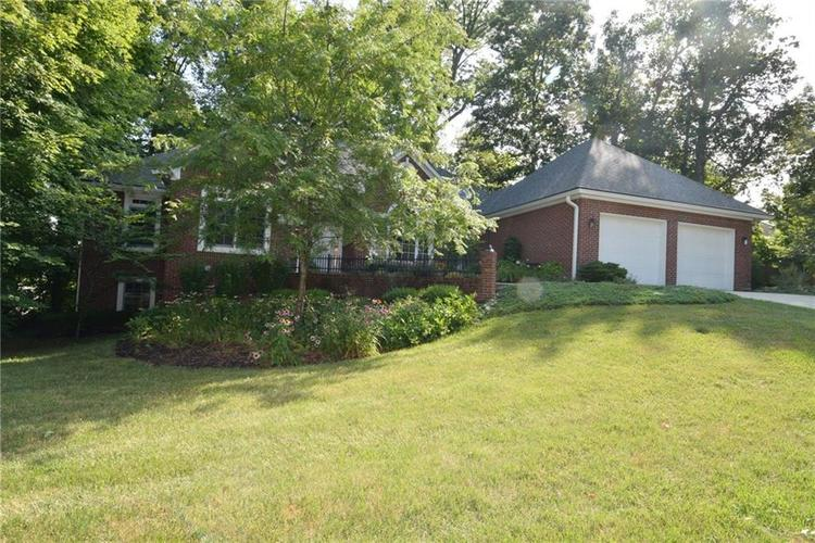3271 Highpoint Court Greenwood, IN 46143 | MLS 21659228 | photo 3
