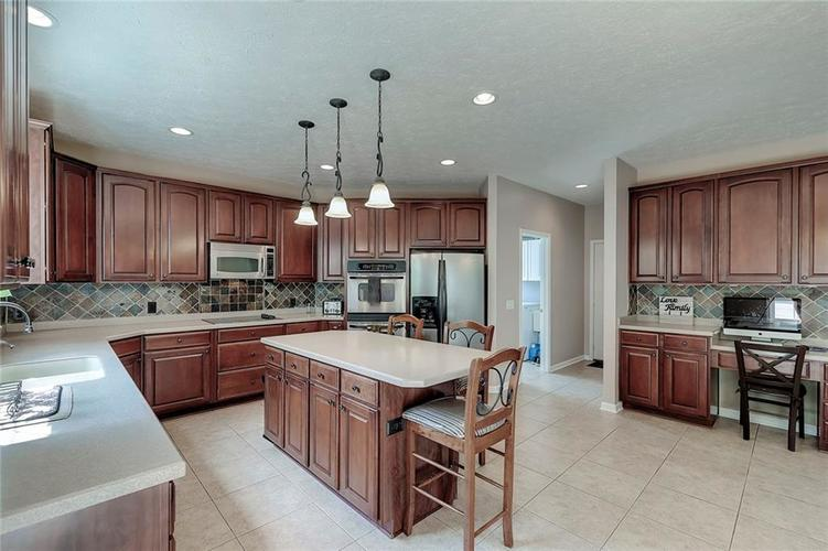 14693 CAPULIN Court Fishers, IN 46040 | MLS 21659309 | photo 13