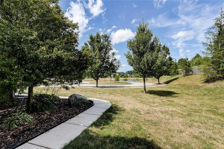 14693 CAPULIN Court Fishers, IN 46040 | MLS 21659309 | photo 3